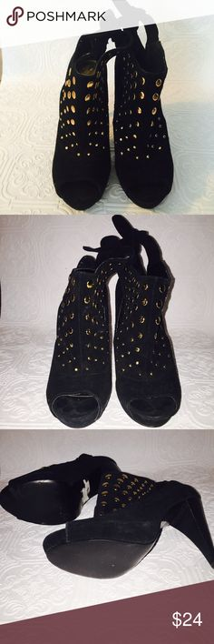 """BCBG Generation peep heel shoes. Leather upper. Heel size 4.5"""" but doesn't feel that high on❗️. Super sexy with a tie back and gold embellishment. Excellent condition with perfect shape soles. Some edging at top issues but not noticeable on. BCBGeneration Shoes Heels"""