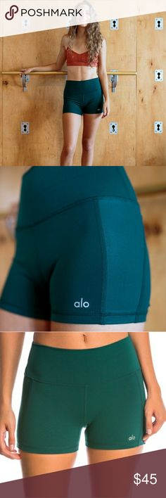 Alo Yoga Elevate Shorts In dark green color that's gorgeous! Awesome quality, like new! No pilling or stains or holes! ALO Yoga Shorts