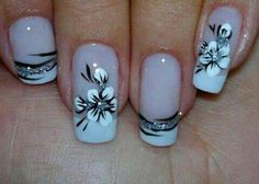 Simple flower nail design