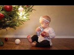 Weihnachten mit Baby - dieses lustige Video ist erschütternd authentisch und extrem niedlich!