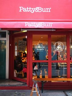 Patty & Bun burgers & wings, off Oxford Street