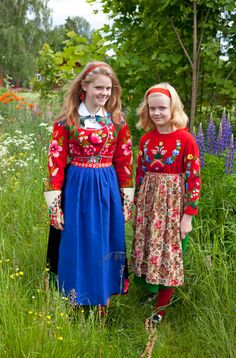 Wonderful needle work in these folk dress pieces from Dalarna, Sweden. Photo by Laila Duran.