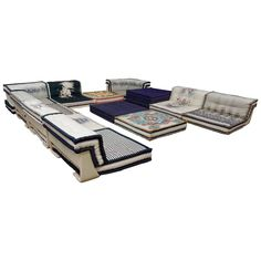 Roche bobois mah jong sofa expensive furniture for Canape jean paul gaultier