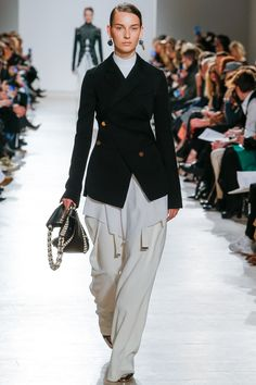 Proenza Schouler Fall 2016 Ready-to-Wear Fashion Show - Julia Bergshoeff