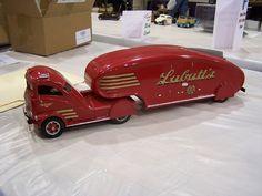 Labatt's Truck.