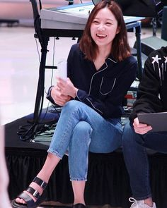 Lovely Smile . Producers BTS . #공효진 #Konghyojin #Gonghyojin #공블리 #Kongvely #Gongvely #myoneandonly #꽁 #love꽁frvn #lovely #actress #model #fashion #fashionicon #fashionista #Producers #Takyejin #프로듀사