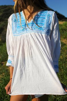 SO Pretty Gauzy Vintage hHand Embroidered Mexican by Vdingy