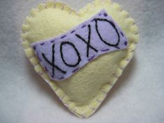 Wool Felt pin for Valentine Day
