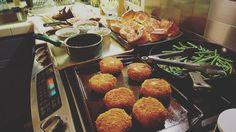 Link in bio#thatchillaxdude  Let the plating begin!  #followyourarrow #travel  #travelbug #travelblog #travelgram #wanderlust #notallwhowanderarelost #wander #love #instalike #instatravel #like4like #followme #passportready #nationalgeographic #natgeo #photography #tourism #travelblogger #worldtravel #buencamino #happy  #foodporn #dinner #yorkshirepudding #primerib #potatoecakes #homemade #delicious