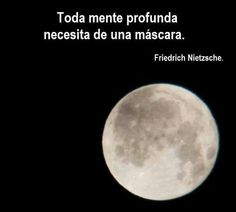 Friedrich  Nietzsche señores.