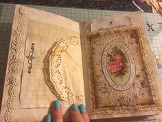 My little craftie corner Fabric Journals, Journal Paper, Art Journal Pages, Journal Ideas, Journal Sample, Fabric Books, Art Journals, Journal Inspiration, Books Art