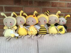 Bee Happy, Soft Sculpture, Doll Crafts, Needle Felting, Bees, Embellishments, Creepy, Sewing Projects, Honey