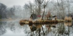 Abandoned Fishing Village Outside of Budapest is Perfectly Reflected on the Lake by Viktor Egyed A few miles outside of Budapest lays a small abandoned fishing village composed of rustic huts, tall. Cool Pictures, Cool Photos, Beautiful Pictures, Colossal Art, Beaux Villages, Fishing Villages, Photo Series, What A Wonderful World, Landscape Photos