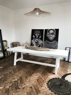 DIY - Comment fabriquer une table en bois robuste avec un petit budget ? Wooden Table Diy, Table En Bois Diy, Home Office Decor, Home Decor Bedroom, Diy Home Decor, Bedroom Ideas, Home Decor Furniture, Furniture Makeover, Furniture Showroom