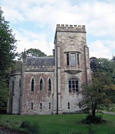 The surviving North Tower of Fonthill Abbey by Rictor Norton & David Allen, via Flickr