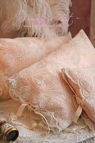 simply shabby chic, pink lace pillows, shabbi chic, vintage lace, peach, pillow covers, throw pillows, making pillows, linen
