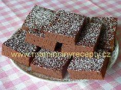 Kakaová buchta bez vajec a mléka Bistro Food, Vegan Cake, Vegan Gluten Free, Bakery, Health, Sweet, Desserts, Kids, Candy