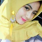 Selamat malem 😊😊 @kanayales_ @elsha_elshanum . . #aceh #selfie #inoengaceh #bidadariselfie #kocak #selfiecantik #Indonesia #awesome  #wanitacantikindonesia #kekinian #lfl #like #like4like #follow4follow  #mtma #hijabers #barbiemuslimah #doubletap #taptap #tap2x #follow #fff . #terfujilah #nature #exploresumut #remajaaceh #komunitas_hijab_indonesia #cantikberhijab  #cantik #beautifulday Kos, Beautiful Day, Like4like, Barbie, Selfie, Instagram, Fashion, Moda, Fashion Styles