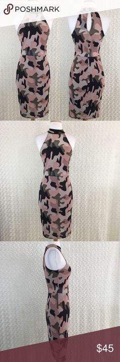 Camo Print Turtleneck Sleeveless Bodycon Dress M NWT. Pristine Condition ✨  A01M10 Material Girl Dresses