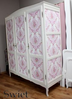 Kledingkast | Swiet Wardrobe with wallpaper