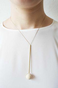 Brass wood bead & Japanese silk staafje met rubber bal of rode dikke kraal ( Ciro)