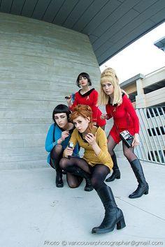 Mimi Reaves als Janice Rand, Paingu als Spock & Emmaliene als James T. Kirk