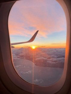 orange sky - Best of Wallpapers for Andriod and ios Pretty Sky, Beautiful Sky, Sky Aesthetic, Travel Aesthetic, Airplane Window, Airplane View, Airplane Travel, Airplane Photography, Travel Photography
