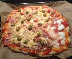 Pizza dough by Jamie Oliver (the world& best; in my opinion) - Recipe pizza dough by Jamie Oliver (the world& best; in my opinion) by – recipe - Jamie Oliver Pizza, Pizza Recipes, Cooking Recipes, Pizza Snacks, New Pizza, Pizza Burgers, Vegan Pie, Pizza Dough, Italian Recipes