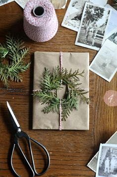 Christmas Wrapping | Nature | Presents | Creative | Under the Christmas Tree | PNW