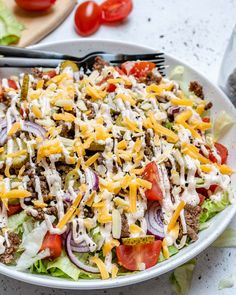 Beat Your Cravings with these Clean Eating Cheeseburger Salad Bowls! | Clean Food Crush