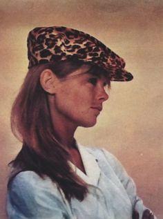 Jean Shrimpton in Hola magazine 1967 (Thanks to Jane Davis)