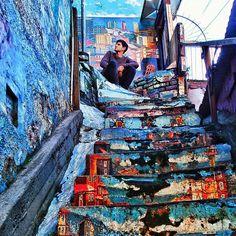 Saber esperar . . #vsco #vscogood #vscocam #snapseed #snapshot #snap #eyeem #architecture #archdaily #igers #instamoment #hallazgosemanal #chile #city #travel #walk #photography #valparaiso #streetart #colorful #art #urbanart #graffiti