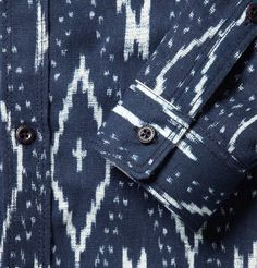 Burberry Prorsum -Ikat-Print:  Burberry are pulling out some dynamite prints this season, the fact this has matching trousers in MEGA!