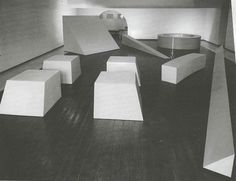 Robert Morris at Dwan Gallery 1966