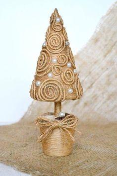 �аг��зка... Читайте також також Дизайнерські ялинки. Ідеї для натхнення Новорічний декор з дерев'яних кружалець Сніжинки з ялинкових гілок та шишок. Фото-ідеї Новорічний декор з мішковини … Read More