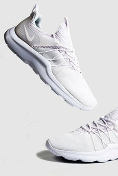 104 best crisp white kicks images crisp kicks sneakers rh pinterest com