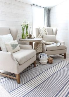 48 Stunning Formal Living Room Decor Ideas Best To Look Elegant Small Apartment Living Room Layout Ideas Comfy Farmhouse Living Room Decor Ideas Coastal Living Rooms, Formal Living Rooms, My Living Room, Cozy Living, Modern Living, Living Room With Chairs, Small Living Room Furniture, Coastal Rugs, Coastal Cottage