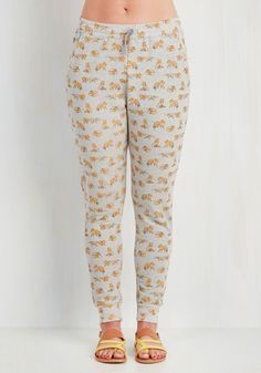 Creature Comfortable Lounge Pants in Clever. Whether youre curled up in your nest with a movie or out in the wild finishing errands, you keep comfortably cute in these printed joggers! #grey #modcloth