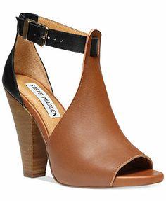 a5b89acf1db2 Steve Madden Women s Alycce Sandals Chanel Shoes Espadrilles