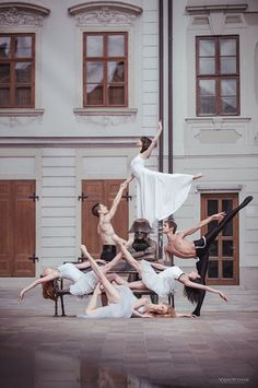 Shooting Photos of Ballet Dancers on the Streets of Bratislava ballet2