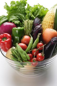 Fruit and vegetables basket 47 new Ideas Fresh Fruits And Vegetables, Fruit And Veg, Fruit Smoothies, Healthy Smoothies, Real Food Recipes, Healthy Recipes, Vegetable Basket, Incredible Edibles, Edible Arrangements