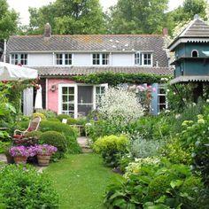 Het Kloetings Tuincafe | B&B Kloetinge Small Gardens, Outdoor Gardens, Home Renovation, Weekender, Dream Garden, Home And Garden, Terrace Restaurant, Weekends Away, Bed And Breakfast