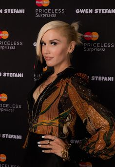 15 Times Gwen Stefani Proved That 2015 Is Her Prettiest Year Yet: There's no quicker way to achieve glowing skin than genuine happiness.