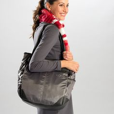 Love the functionality of this bag! #loleglow LILY TOTE BAG - Accessories - Products | Lolё