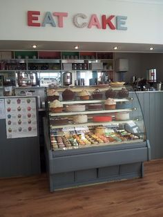 cake shop window counter - Google pretraživanje