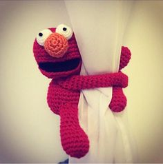 ideas for crochet curtain toy tie backs Crochet Baby Toys, Crochet Animals, Crochet For Kids, Free Crochet, Crochet Patterns Amigurumi, Amigurumi Doll, Crochet Curtains, Crochet Keychain, Crochet Home Decor