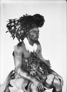 OKONDO, THE KING OF THE MANGBETU. PORTRAIT 3/4 VIEW. Locale: OKONDO'S VILLAGE, CONGO BELGE
