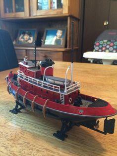 Model of a Tug Boat Tugboats, Boat Art, Boat Plans, Model Ships, Scale Models, Wooden Toys, Wooden Boat Building, Model Airplanes, Tug Boats