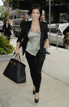 i love kim's hermes birkin bag!.. too bad its somewhere from $9,000 to $150,000 dollars!