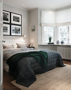 dark gray duvet cover -- but with pops of color in other parts of the bedroom!